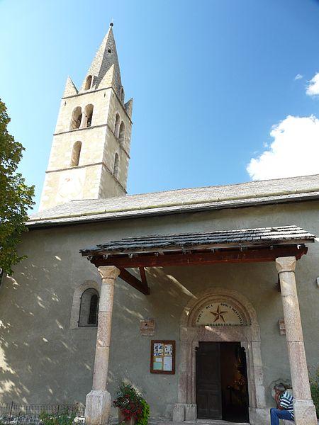 Photo du Monument Historique Eglise situé à Eygliers