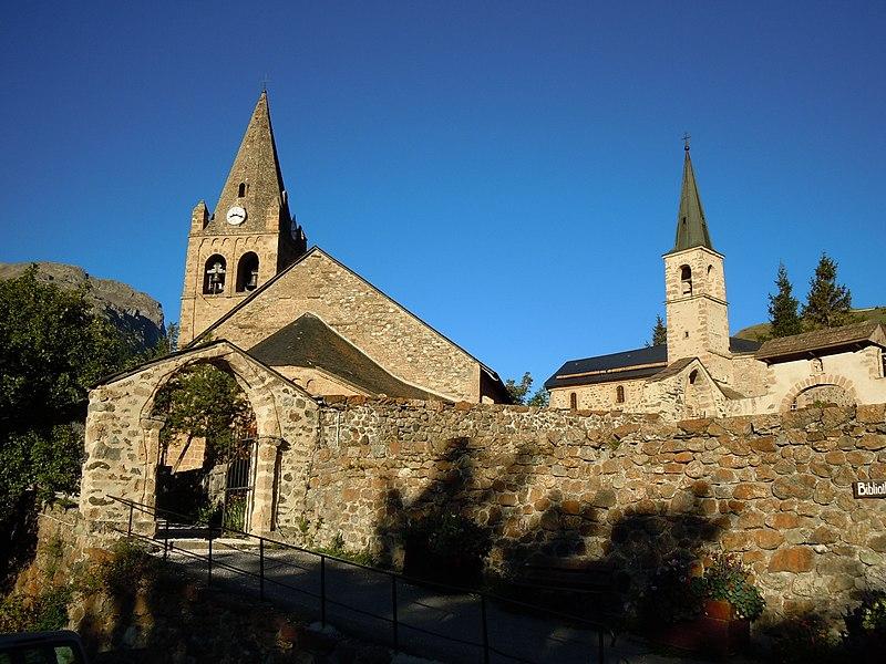 Photo du Monument Historique Ensemble religieux situé à La Grave