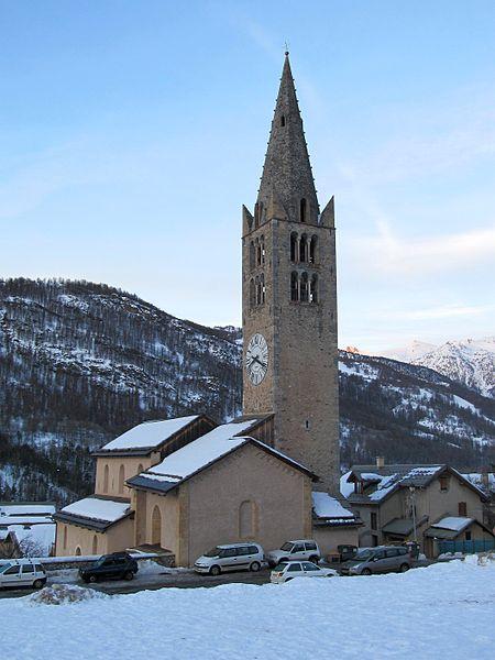 Photo du Monument Historique Eglise paroissiale Saint-Chaffrey situé à Saint-Chaffrey
