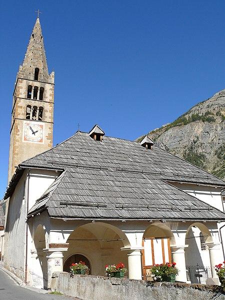 Photo du Monument Historique Eglise Saint-Claude situé à Val-des-Prés