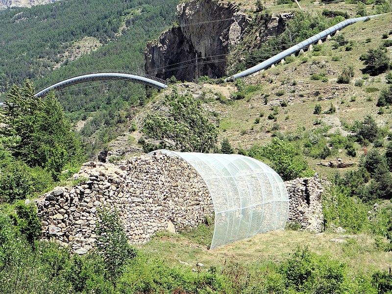 Photo du Monument Historique Mur dit des Vaudois situé à Les Vigneaux