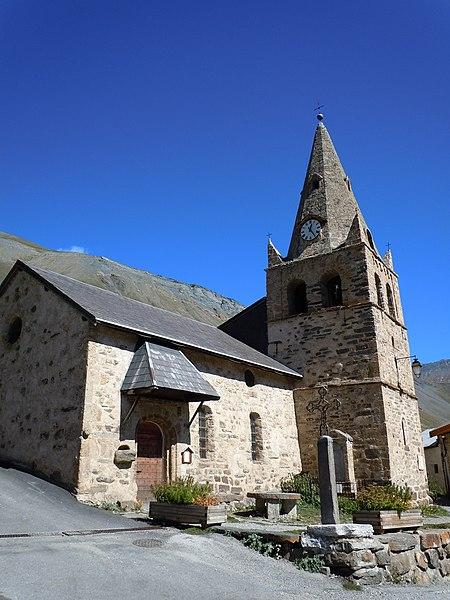 Photo du Monument Historique Eglise Saint-Pierre et Saint-Paul, située au hameau des Hières situé à La Grave