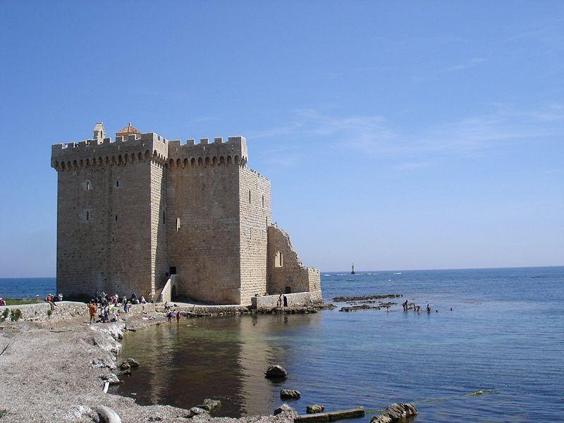 Photo du Monument Historique Château fort ou ancien monastère de Lérins situé à Cannes