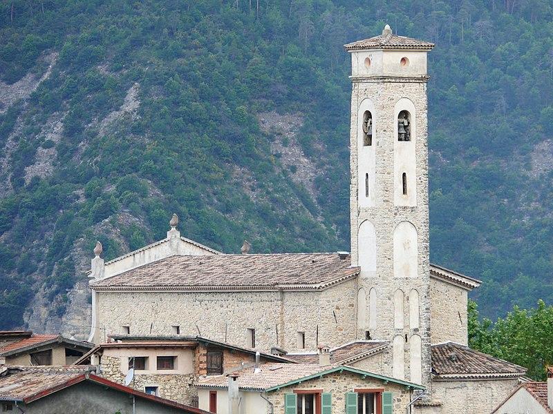 Photo du Monument Historique Eglise paroissiale, ancienne église collégiale Sainte-Marie situé à Clans