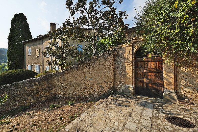 Photo du Monument Historique Villa Noailles situé à Grasse