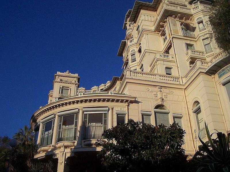 Photo du Monument Historique Ancien hôtel Riviera Palace situé à Menton
