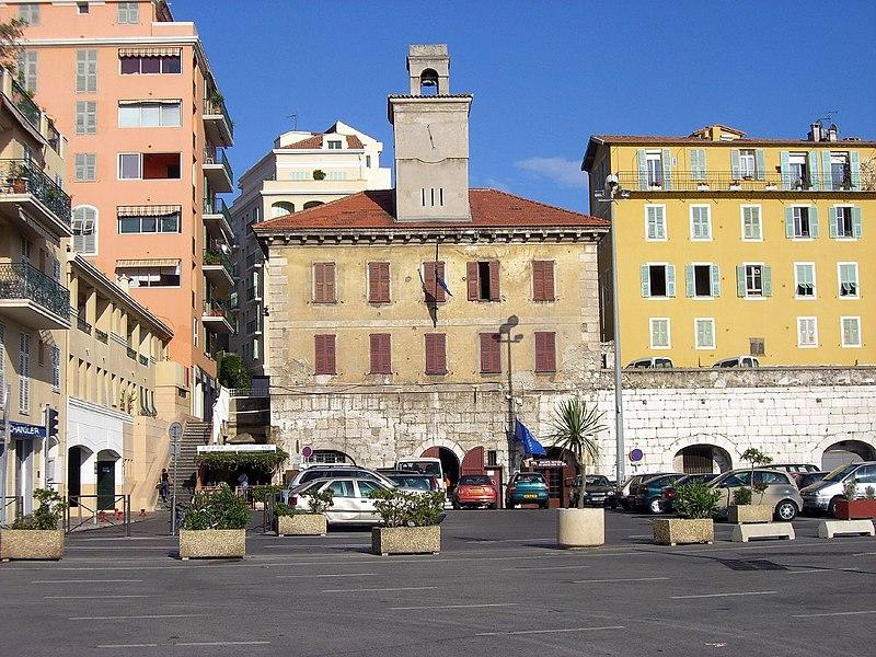 Photo du Monument Historique Caserne Lympia situé à Nice