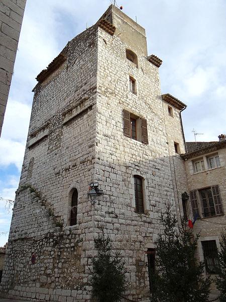 Photo du Monument Historique Tour du 12s situé à Saint-Paul