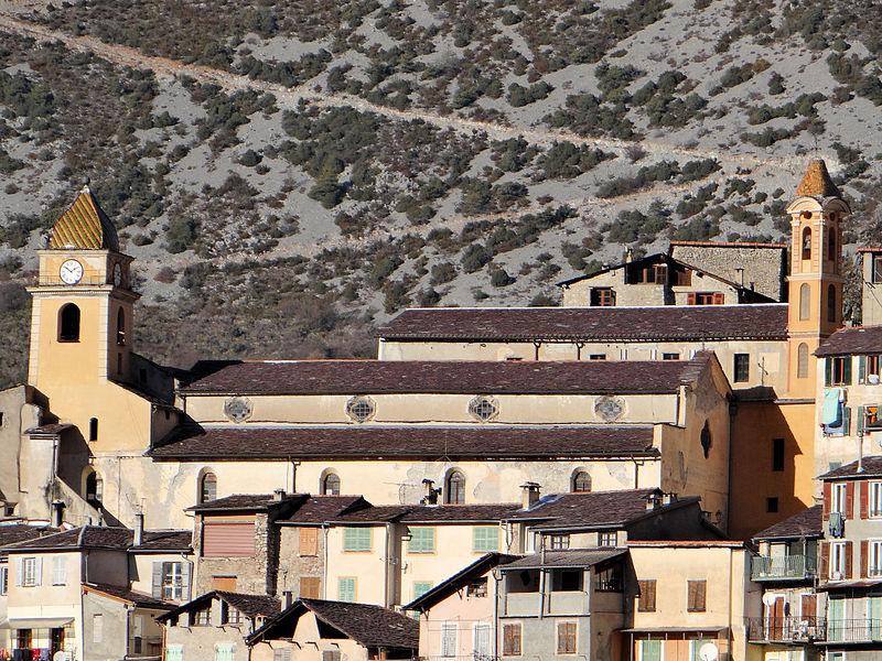 Photo du Monument Historique Eglise Saint-Sauveur et chapelle des Pénitents blancs ou de Saint-Jacques situé à Saorge