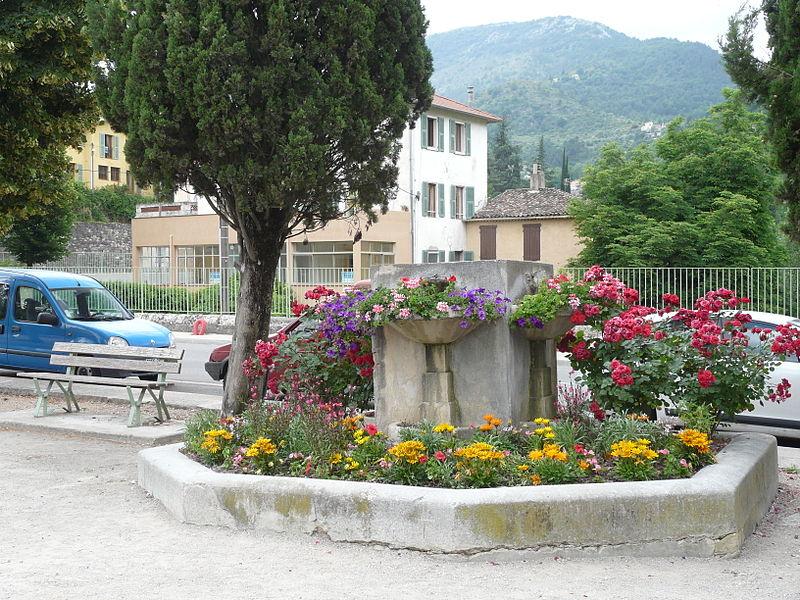 Photo du Monument Historique Fontaine du Cours situé à Sospel