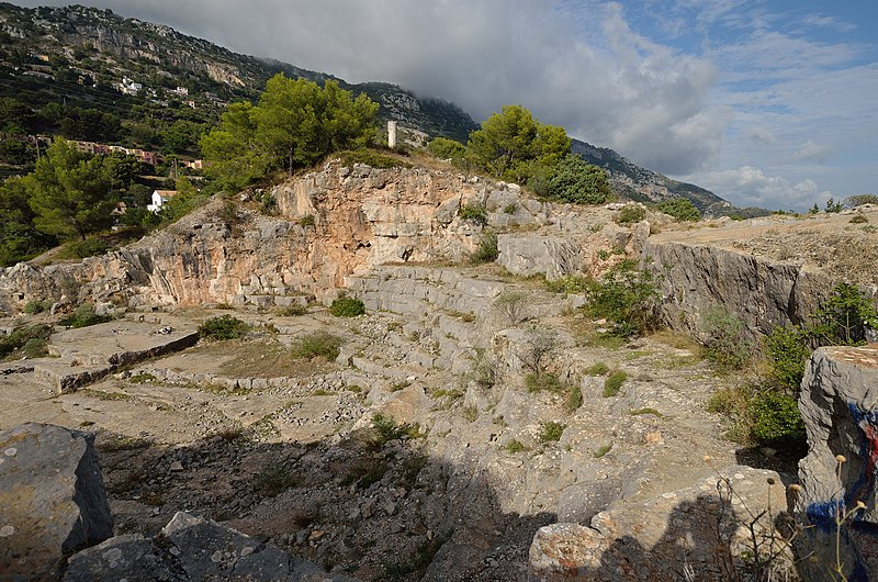 Photo du Monument Historique Carrière romaine du Mont de Justice situé à La Turbie