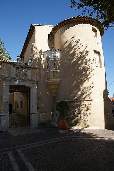 Photo du Monument Historique Château, actuellement Musée Picasso situé à Vallauris