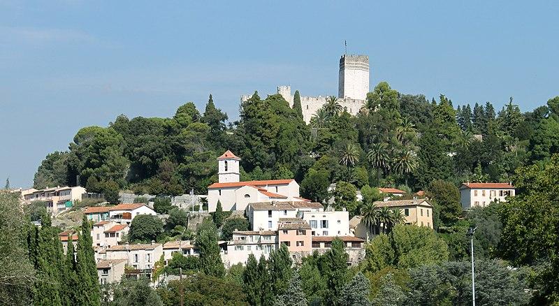 Photo du Monument Historique Chateau de Villeneuve et son parc situé à Villeneuve-Loubet