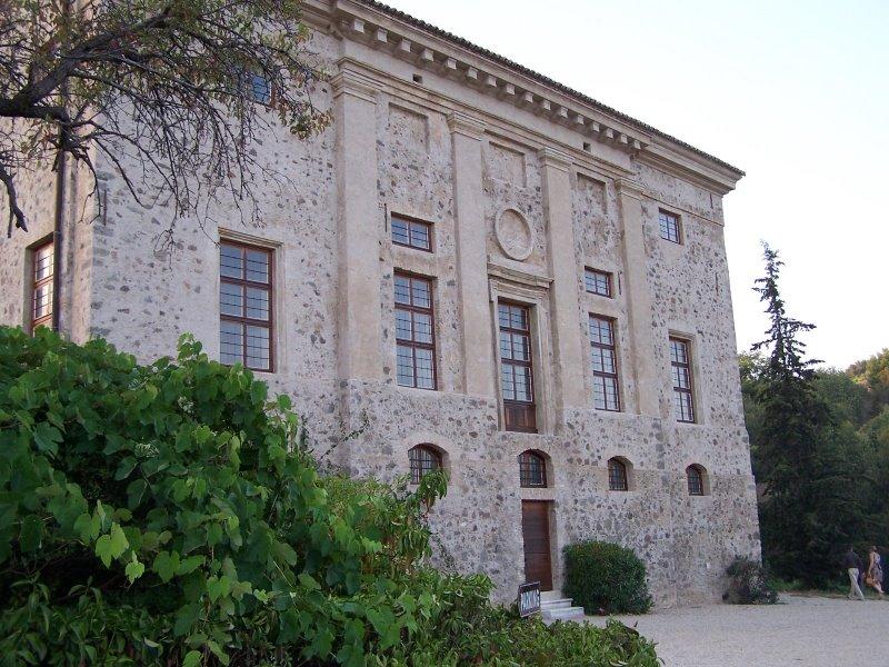 Photo du Monument Historique Manoir de Vaugrenier situé à Villeneuve-Loubet