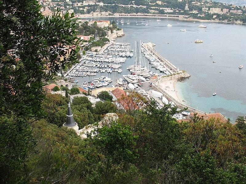 Photo du Monument Historique Port de la Darse (bâtiments et éléments d'infrastructure) situé à Villefranche-sur-Mer