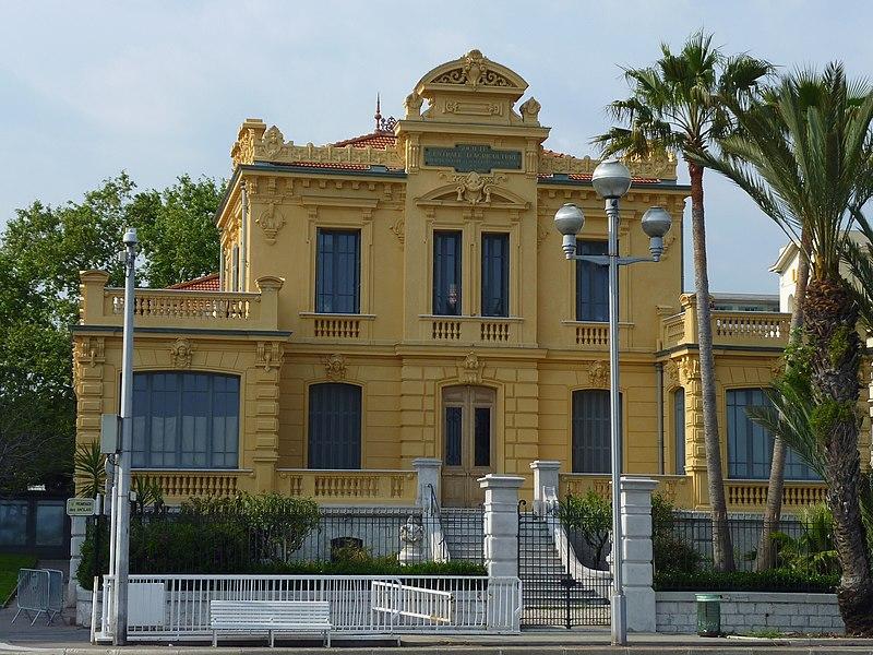 Photo du Monument Historique Palais de l'Agriculture situé à Nice