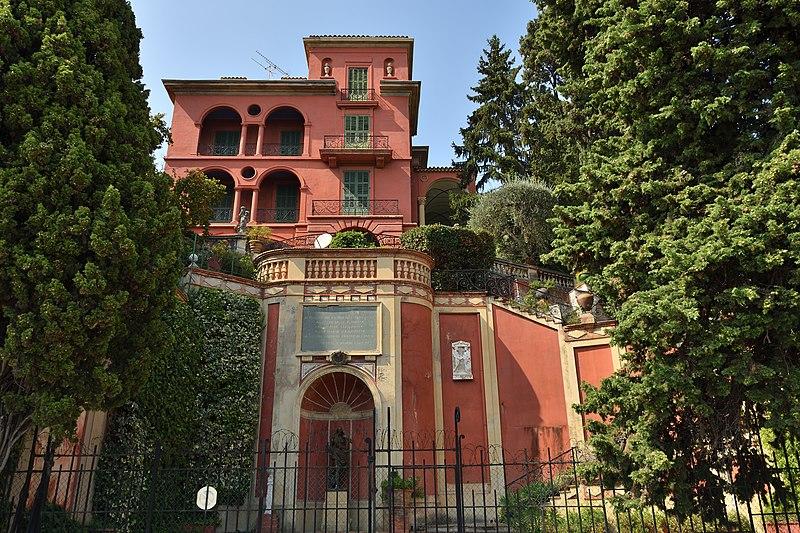 Photo du Monument Historique Villa La Sabranette (actuellement villa Santa Clara) situé à Grasse