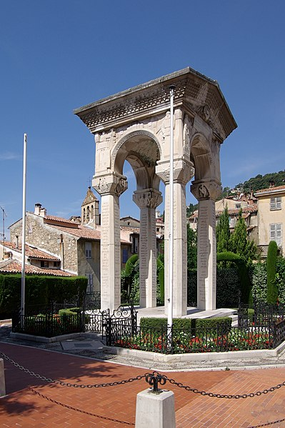Photo du Monument Historique Monument aux morts de la guerre de 1914-1918 situé à Grasse