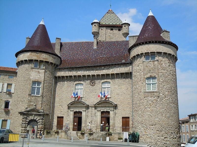 Photo du Monument Historique Château dit château de Montlaur situé à Aubenas