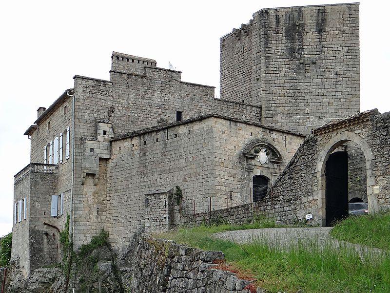 Photo du Monument Historique Château de Tauriers situé à Largentière