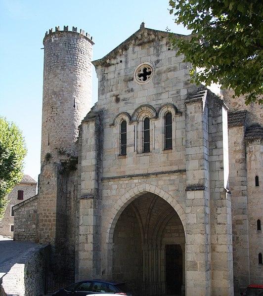 Photo du Monument Historique Eglise Notre-Dame-des-Pommiers situé à Largentière