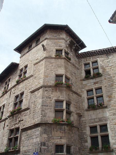 Photo du Monument Historique Maison Bastide (annexe de la mairie) situé à Largentière