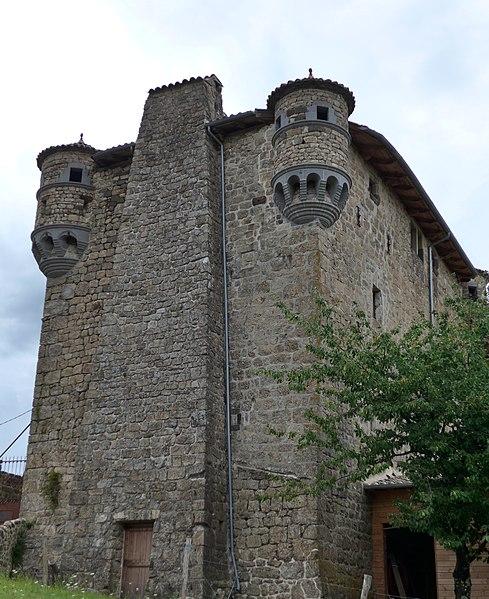 Photo du Monument Historique Château de Hautségur situé à Meyras