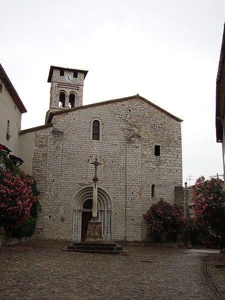 Photo du Monument Historique Eglise Saint-Pierre-aux-Liens situé à Ruoms