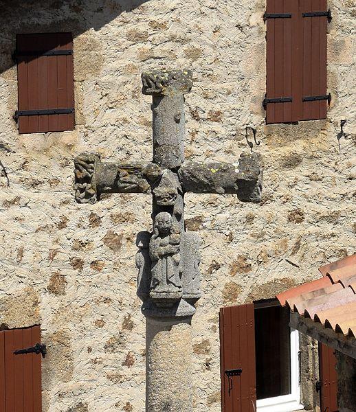 Photo du Monument Historique Croix situé à Saint-Alban-d'Ay