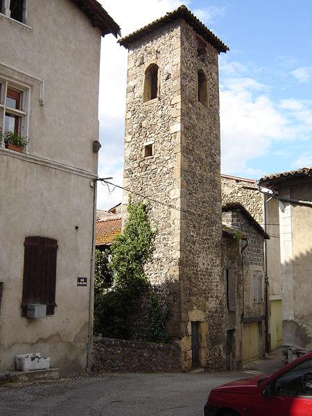 Photo du Monument Historique Chapelle Notre-Dame-de-Pitié dite Tour des Pénitents situé à Serrières