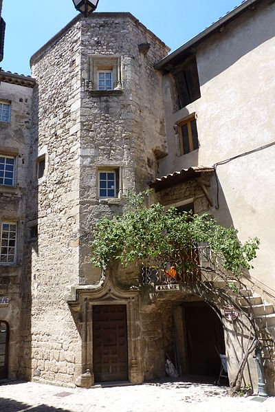 Photo du Monument Historique Immeuble dit Jardet situé à Thueyts