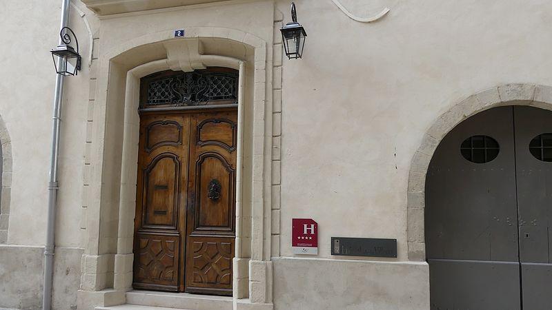 Photo du Monument Historique Hôtel de la Villeon situé à Tournon-sur-Rhône