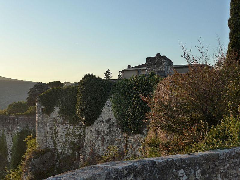 Photo du Monument Historique Couvent Saint-Roch situé à Viviers