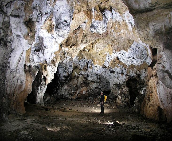 Photo du Monument Historique Grotte du Déroc situé à Vallon-Pont-d'Arc