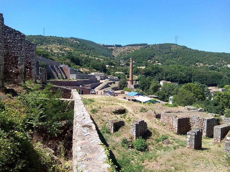 Photo du Monument Historique Vestiges de l'ancienne fonderie situé à La Voulte-sur-Rhône