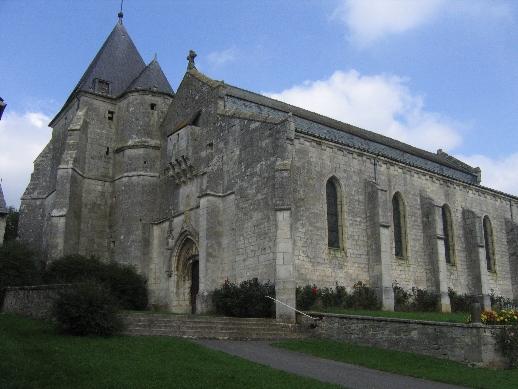 Photo du Monument Historique Eglise situé à Aouste