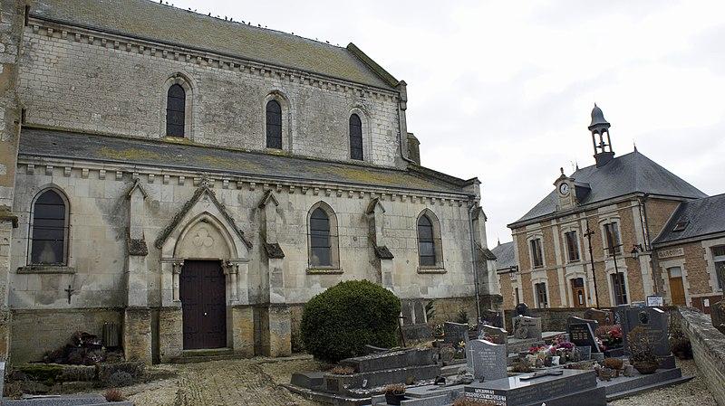 Photo du Monument Historique Eglise situé à Avançon