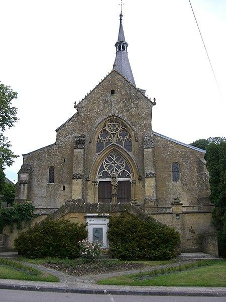 Photo du Monument Historique Eglise situé à Buzancy