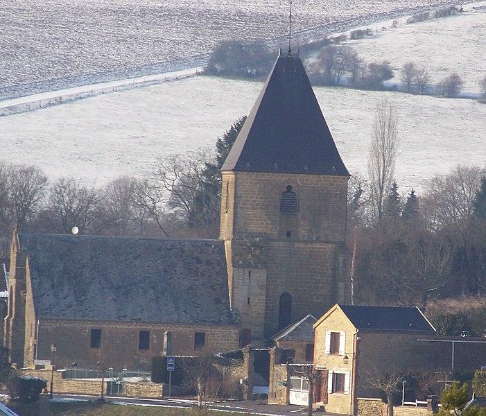 Photo du Monument Historique Eglise situé à Cheveuges