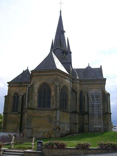 Photo du Monument Historique Eglise Saint-Médard situé à Grandpré
