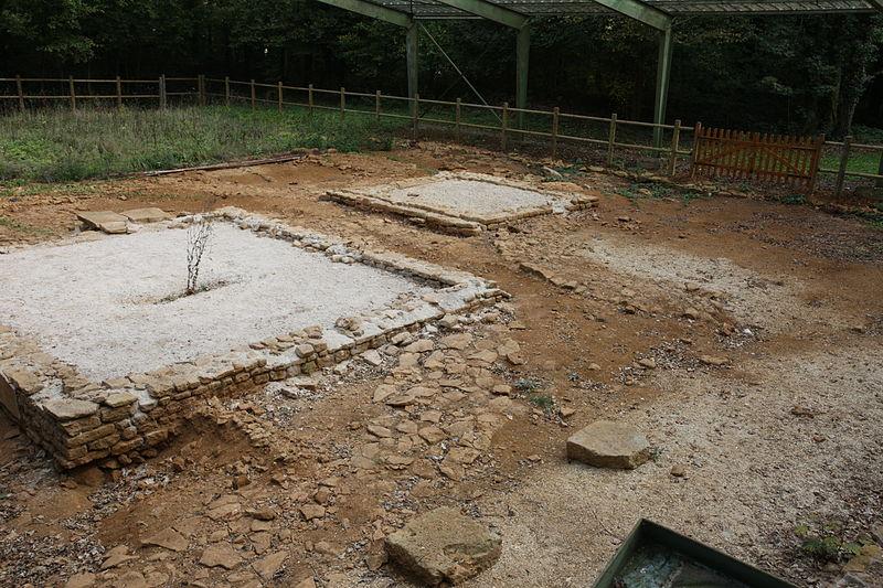 Photo du Monument Historique Temple antique du type «fanum» situé à Mouzon