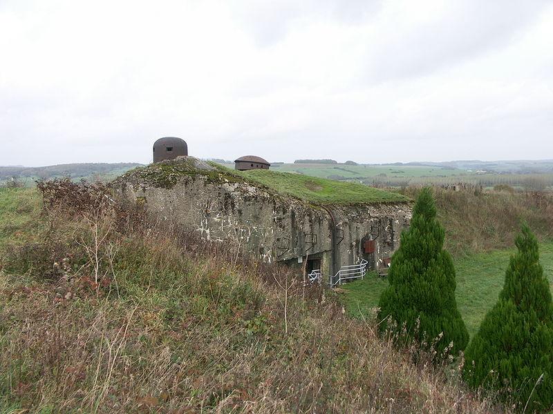 Photo du Monument Historique Fortifications de la ligne Maginot dites Ouvrages de la Ferté situé à Villy