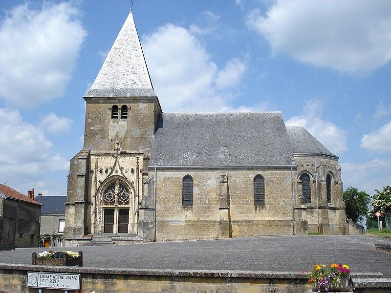 Photo du Monument Historique Eglise situé à Voncq