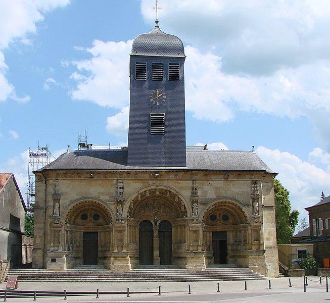 Photo du Monument Historique Eglise Saint-Maurille situé à Vouziers