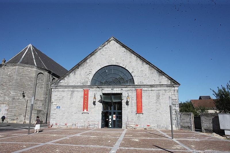 Photo du Monument Historique Manège militaire situé à Givet