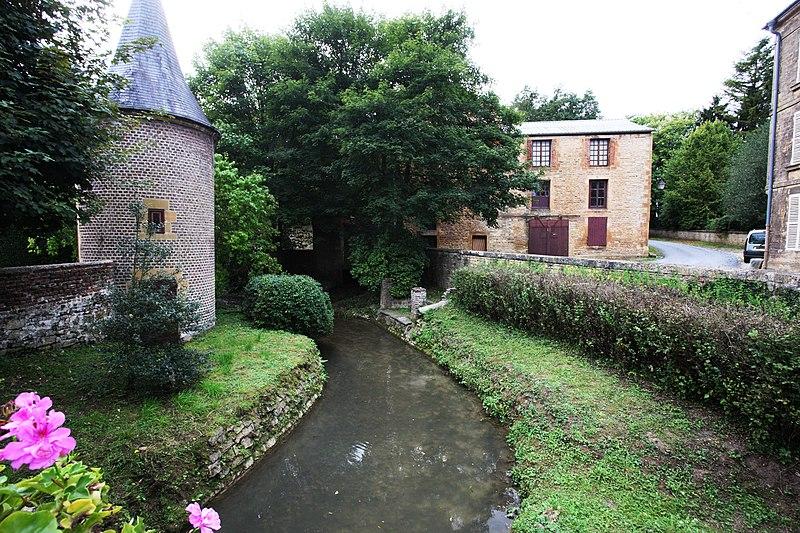 Photo du Monument Historique Ancien moulin à couleurs situé à Prix-lès-Mézières