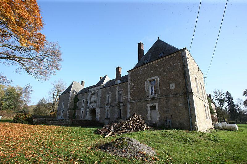 Photo du Monument Historique Château de la Basse-Touligny situé à Touligny