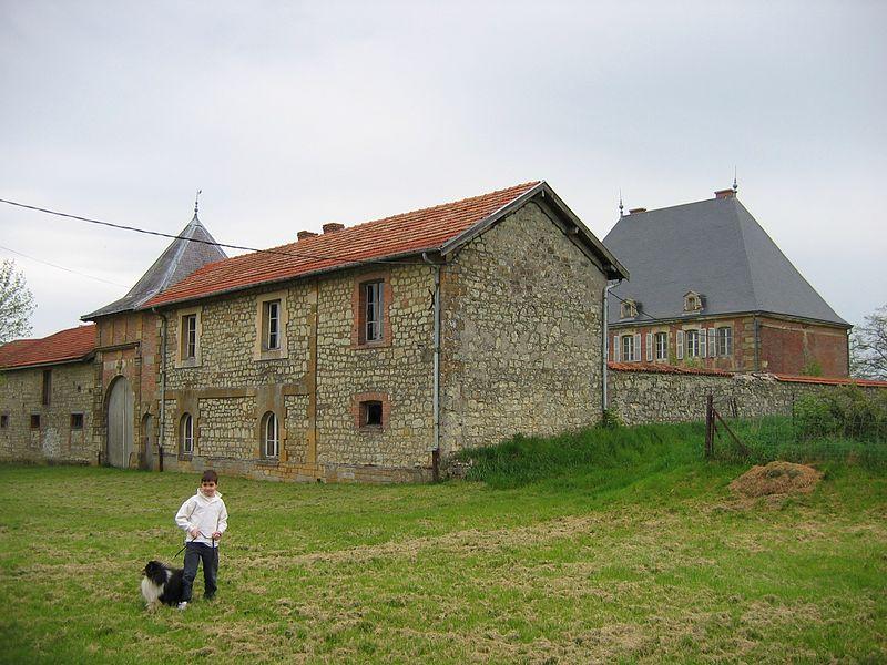 """Photo du Monument Historique Château de Marcq dit """"château Mercier"""" situé à Marcq"""