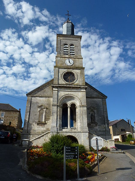 Photo du Monument Historique Eglise Saint-Martin situé à Aubigny-les-Pothées