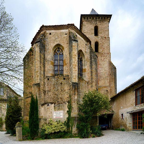 Photo du Monument Historique Ancien prieuré et remparts situé à Camon